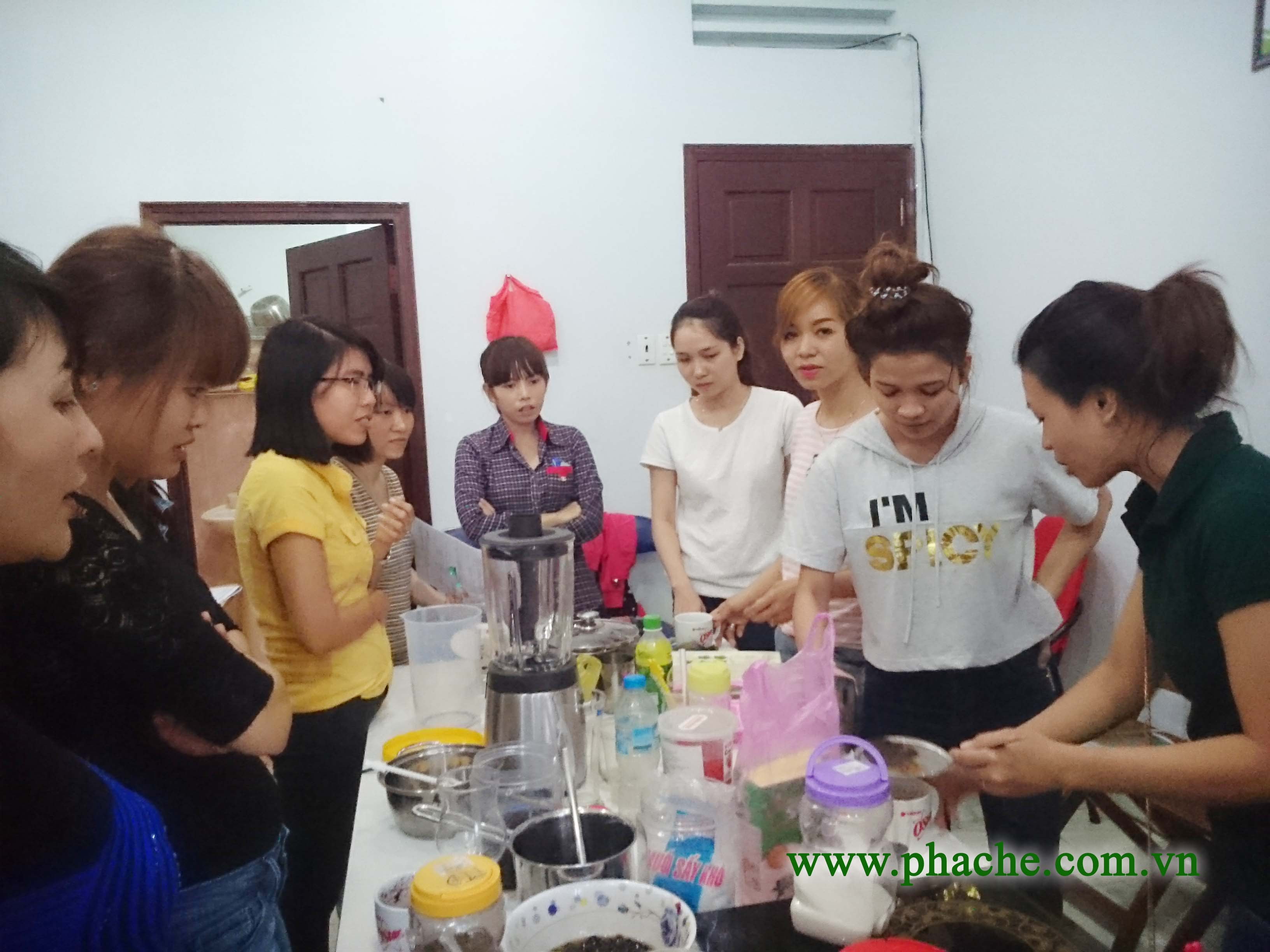 khóa học pha chế trà sữa chuyên nghiệp